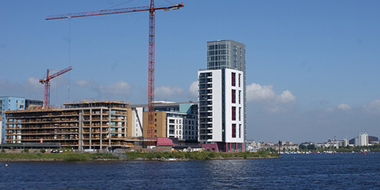 Horizon tower now complete and final block under construction at Prospect Place  - Cardiff International Sports Village